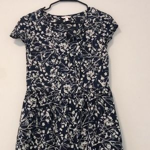 Gap blue and grey floral dress with pockets!